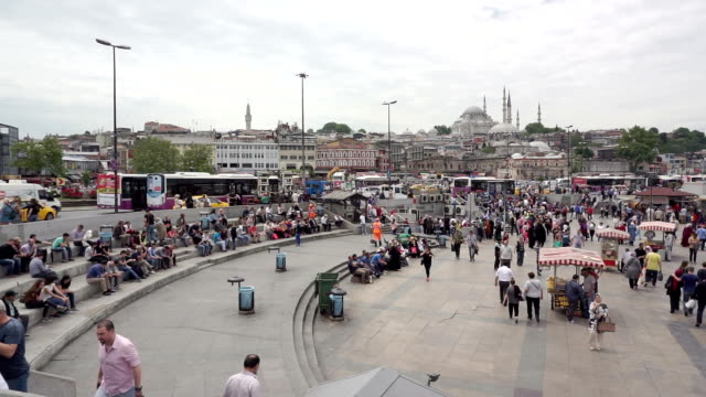 HD: Crowd of people enjoy themselves at Eminonu Square