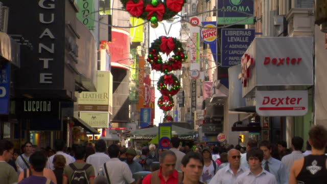 MS Crowd on Florida street with Christmas decorations, Buenos Aires, Argentina