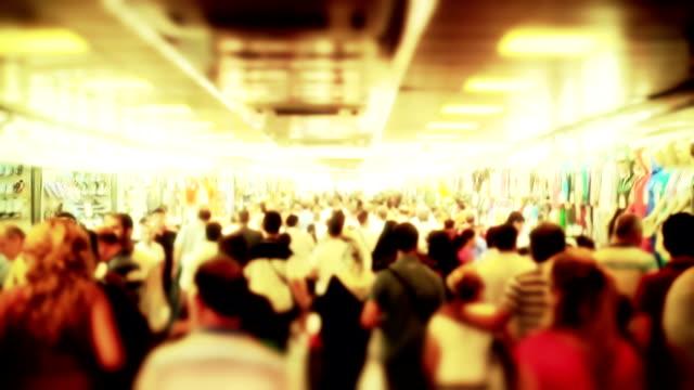 Menschenmenge gehen