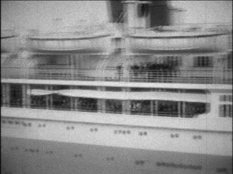 B/W 1929 PAN crowd waving goodbye S.S. Bermuda ocean liner leaving port / home movie