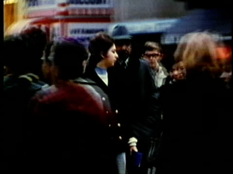 vídeos de stock, filmes e b-roll de montage, crowded downtown street, 1960's, detroit, michigan, usa - 1960 1969