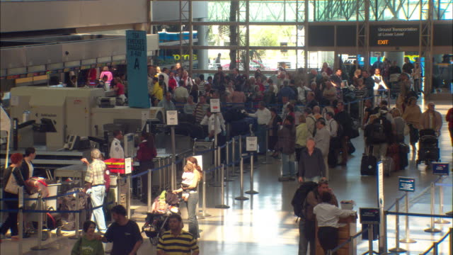 WS, HA, Crowded Los Angeles Airport terminal, Los Angeles International Airport, Los Angeles, California, USA