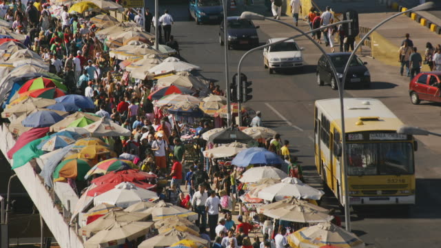 t/l, ha, ms, crowded market along busy street, brasilia, brazil - brasilia stock videos and b-roll footage