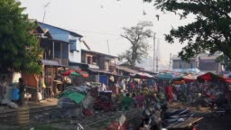 Crowded market in Mandalay