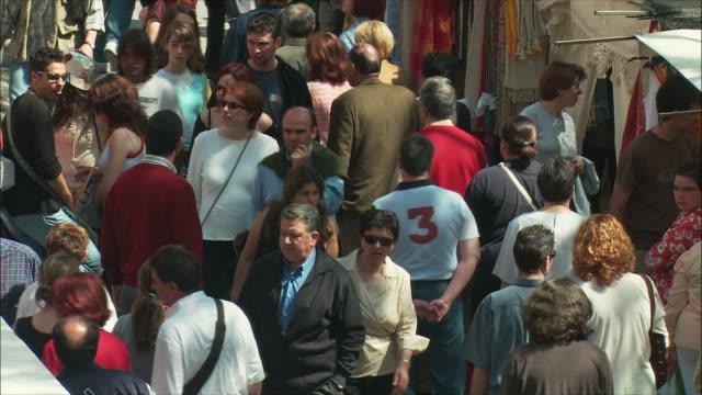 MS HA Crowded sidewalk, El Rastro flea market, Madrid, Spain