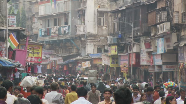 ws crowded street / mumbai, india - india video stock e b–roll