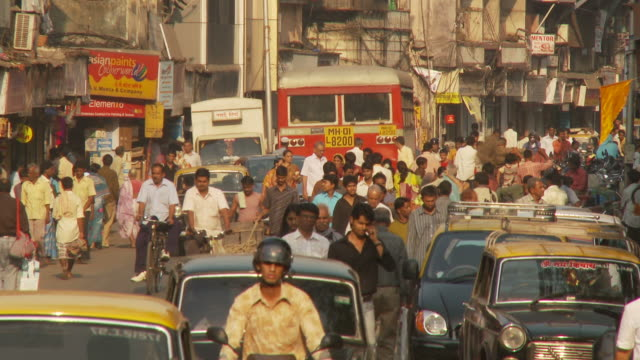 ws crowded street scene / mumbai, india - crowd stock videos & royalty-free footage