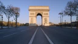 Crowdless Arc de Triomphe in Paris