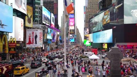 美國時代廣場/紐約市的 ws 人群和繁忙的交通 - day 個影片檔及 b 捲影像