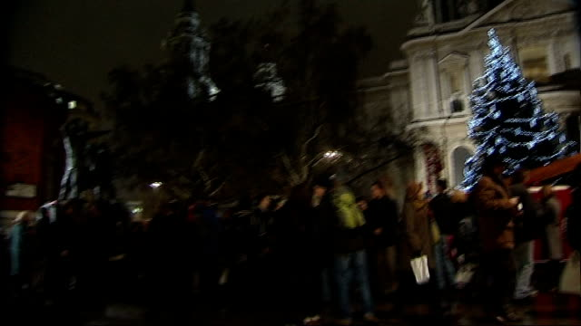 crowds and christmas tree outside st paul's cathedral - st. paul's cathedral london stock videos & royalty-free footage