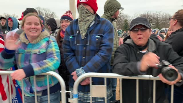 """crowds arrive for the """"stop the steal"""" rally on january 06, 2021 in washington, dc. trump supporters gathered in the nation's capital today to... - joe 03 stock videos & royalty-free footage"""