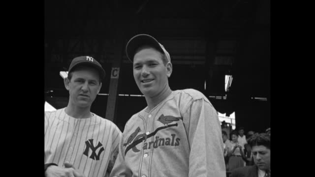crowds in griffith stadium for baseball allstar game / cu president franklin d roosevelt and son james roosevelt in stands / commissioner of baseball... - 1937 stock-videos und b-roll-filmmaterial