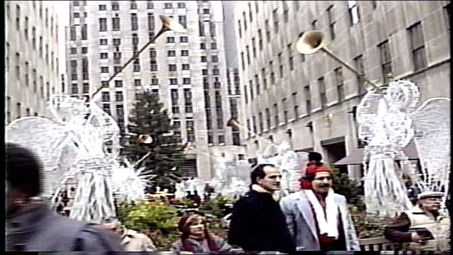 crowds of christmas shoppers at rockefeller center - rockefeller center christmas tree stock videos & royalty-free footage