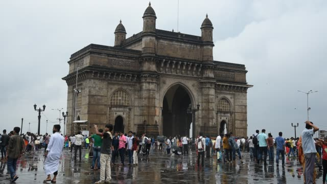 Crowds of tourist at The Gateway of India, Mumbai, Maharashtra, India