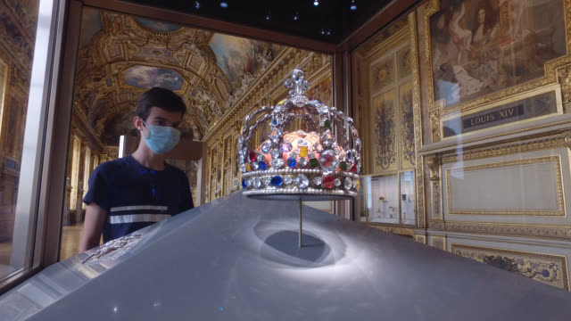 crown of louis xv. visitors wearing face masks visit the louvre museum during the reopening on july 06, 2020 in paris, france. the louvre museum has... - crown stock videos & royalty-free footage