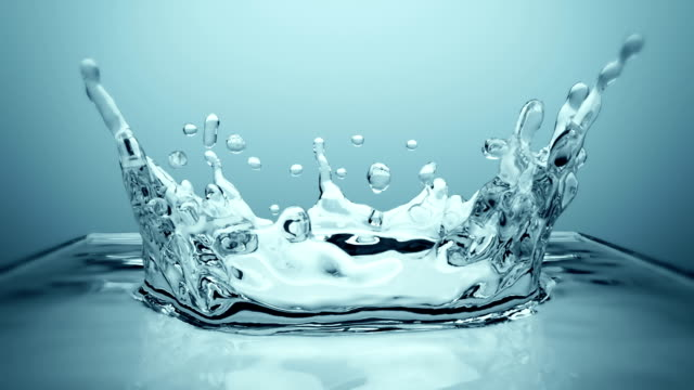 Crown Splash in Ultra slow motion