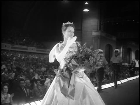 b/w 1962 crowned miss america holding bouquet of flowers blowing kisses after win - yorkville illinois stock videos & royalty-free footage
