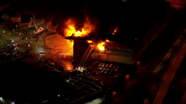 croydon selfstorage warehouse destroyed in fire england london croydon purley way fire burning at shurgard selfstorage warehouse and firefighters... - self storage stock videos and b-roll footage
