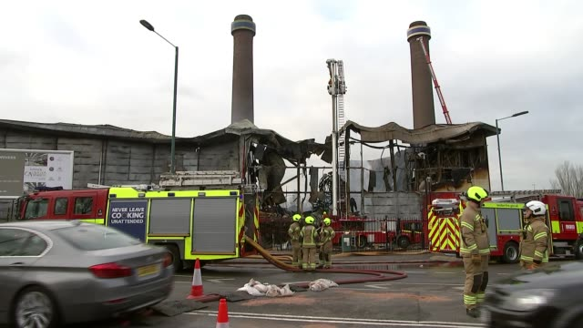 croydon selfstorage warehouse destroyed in fire uk london croydon various shots of firedestroyed shurgard selfstorage warehouse and camilla... - self storage stock videos and b-roll footage