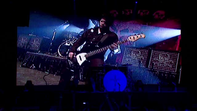 crue fest tour bands montage with motley crue footage at the motley crue press conference at the avalon hollywood in hollywood, california on april... - モンタージュ・ビバリーヒルズ点の映像素材/bロール