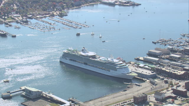 stockvideo's en b-roll-footage met aerial cruise ship docked in the harbor / portland, maine, united states - passagiersboot