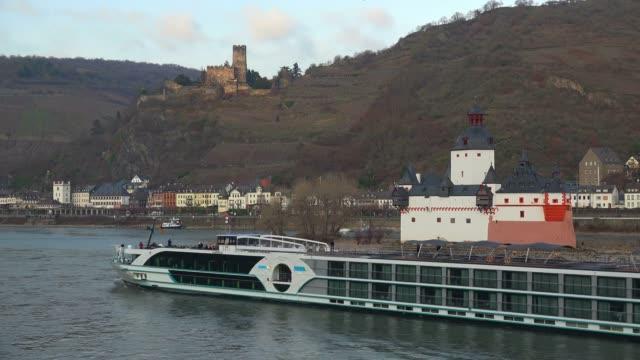 cruise ship on rhine river near kaub, rhine valley, rhineland-palatinate, germany - rhineland palatinate stock videos & royalty-free footage