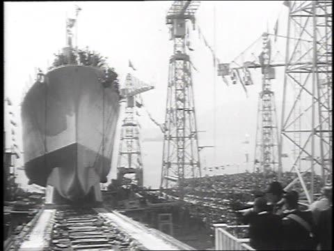 1930 ws cruiser launching, may 14, 1930 / la spezia, italy - stapellauf stock-videos und b-roll-filmmaterial