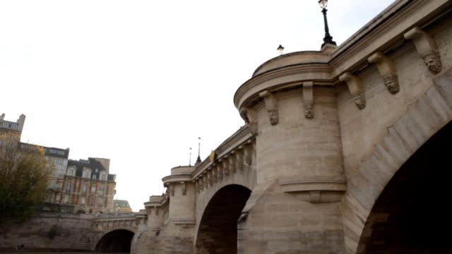 pont neuf - ポンヌフ点の映像素材/bロール