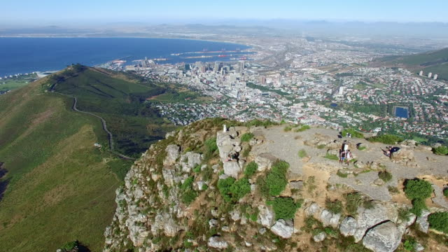 cruising past lion's head - lion's head mountain stock videos and b-roll footage