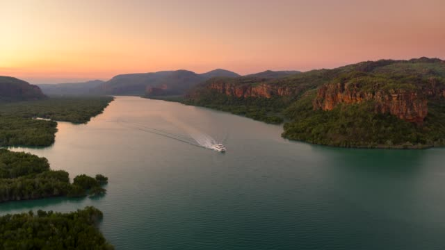 cruising the kimberley, western australia. - wilderness stock videos & royalty-free footage