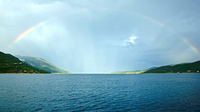 hd :クルーズとセイルボート - 虹点の映像素材/bロール