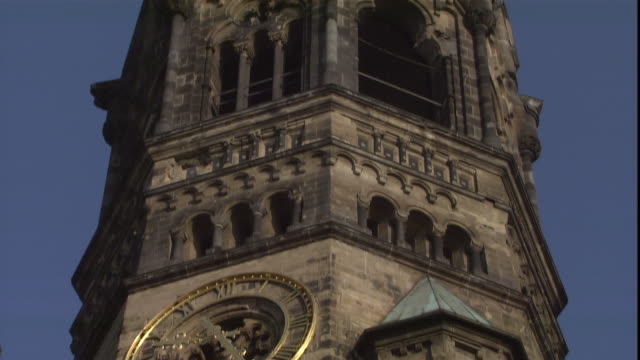 stockvideo's en b-roll-footage met crumbling stone and brick make up the facade of the kaiser wilhelm memorial church in berlin, germany. - memorial