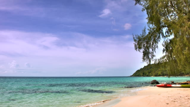 crystal blue clear water and palms - ko phangan stock videos and b-roll footage