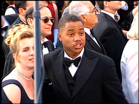 cuba gooding jr at the 1997 academy awards arrivals at the shrine auditorium in los angeles california on march 24 1997 - 69th annual academy awards stock videos and b-roll footage