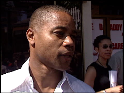 cuba gooding jr at the 'daddy day care' premiere on may 4, 2003. - 洛杉磯西木區 個影片檔及 b 捲影像