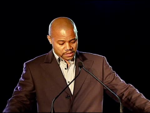 cuba gooding jr congratulating the hollywood entertainment museum the bridges family and the esquire house on introducing honoree jordan kerner at... - hollywood entertainment museum stock videos & royalty-free footage