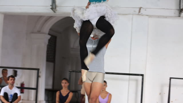 cuban ballet practice - ballet dancing stock videos & royalty-free footage