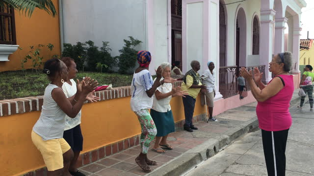 cuban seniors exercising in the street on june 20, 2017; in santiago de cuba, cuba. this is part of a government-run healthcare plan maintaining... - active lifestyle stock videos & royalty-free footage
