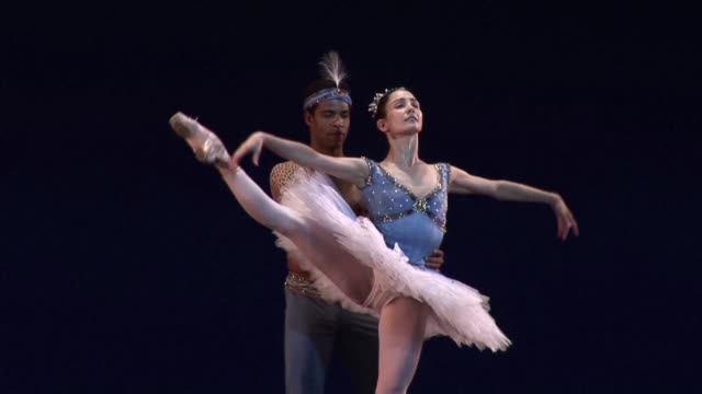 vídeos y material grabado en eventos de stock de cuban star ballet dancer carlos acosta casts dancers for his soon to be company which he aims to set up in havana cuba - ballet