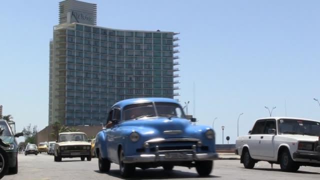 vídeos y material grabado en eventos de stock de cubanos afirman que no se dejaran quitar nada al referirse a las medidas que complican inversiones y el envío de dinero a la isla - ee.uu