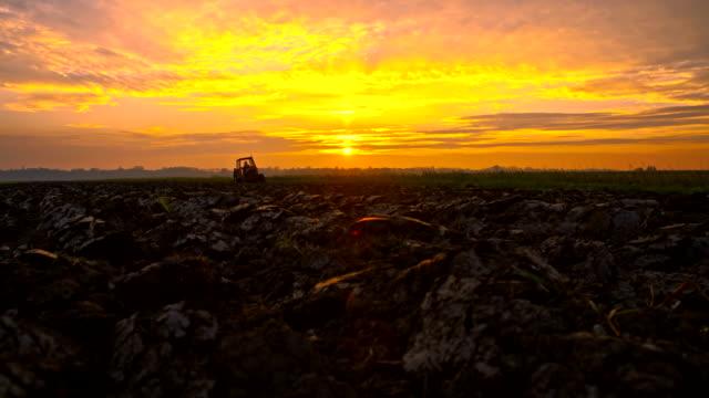 WA desenvolver Terra ao pôr do sol