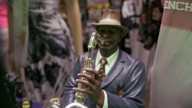 cultural practice - musiker stock-videos und b-roll-filmmaterial