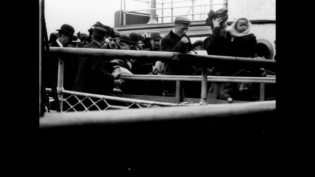 1901 cunard mail steamer lucania leaving for america - ship stock videos & royalty-free footage