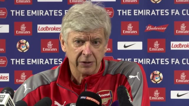 Build up to semifinal games FA Cup Build up to semifinal games Hertfordshire London Colney Arsene Wenger press conference SOT