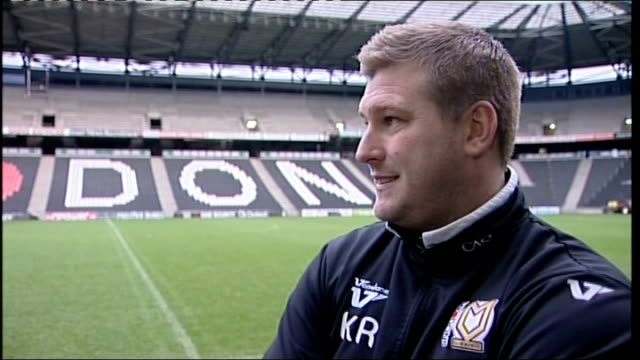 vídeos y material grabado en eventos de stock de mk dons to meet afc wimbledon for the first time preview buckinghamshire milton keynes stadium mk ext karl robinson interview sot surrey... - buckinghamshire