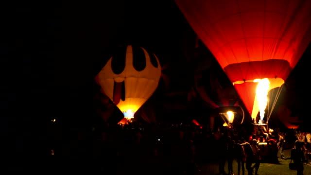 vídeos de stock, filmes e b-roll de copa de balonismo - balão decoração