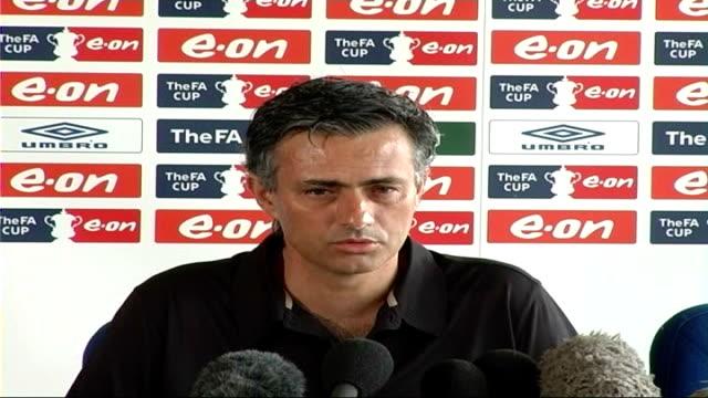 stockvideo's en b-roll-footage met london int jose mourinho press conference sot - halve finale
