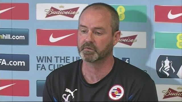 stockvideo's en b-roll-footage met managers look ahead england berkshire reading int steve clarke press conference sot - halve finale