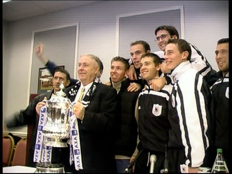darlington win draw; itn england: london: int george reynolds and darlington team posing with fa cup for photocall - darlington nordostengland stock-videos und b-roll-filmmaterial