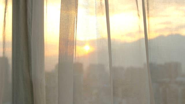 朝のカーテン - curtain点の映像素材/bロール